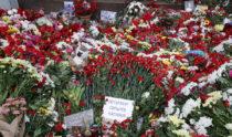 Весь мир скорбит по погибшим в Петербурге