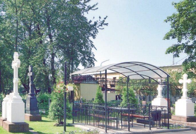 Хоронить умерших в Санкт-Петербурге можно на всех кладбищах